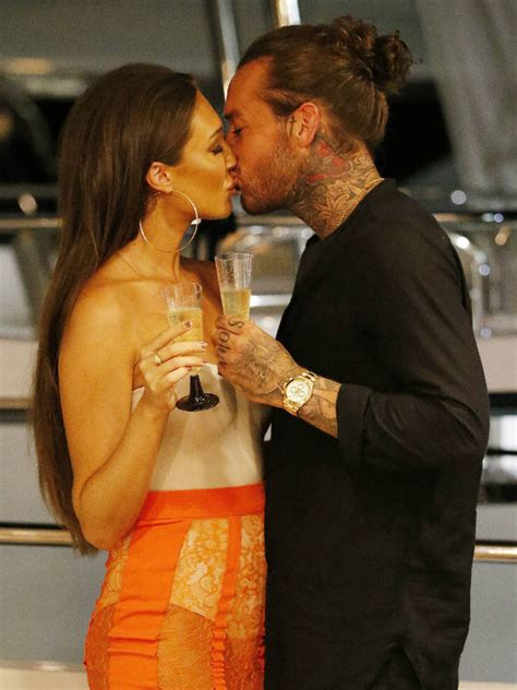 Megan McKenna and Pete Wicks stun fans with a fully NAKED
